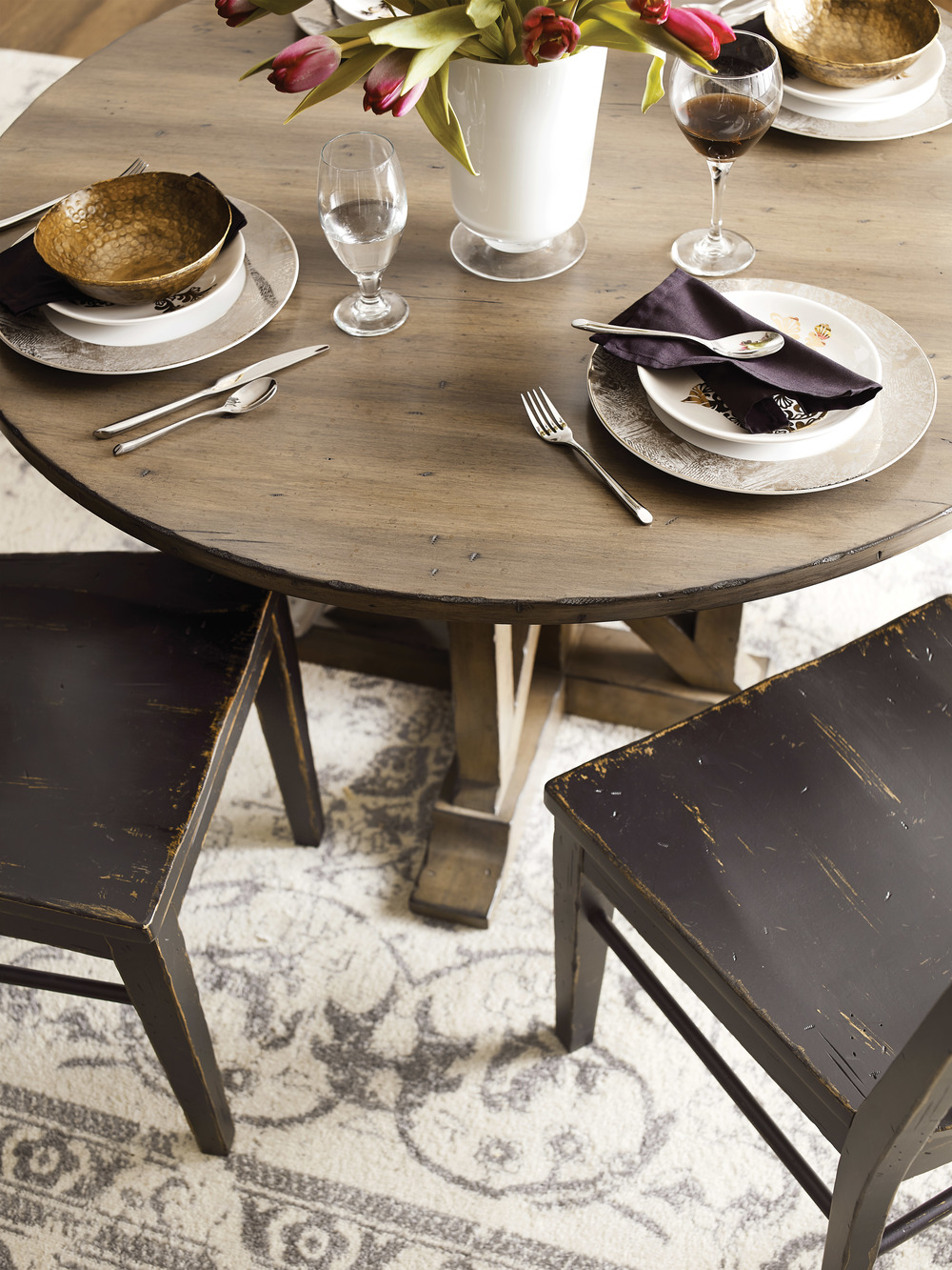 Kincaid Furniture - Manning Round Dining Table