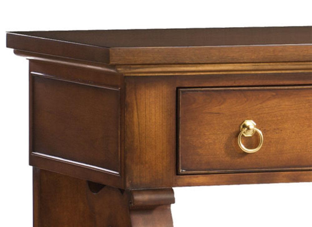 Kindel Furniture Company - DD's Console & Curio