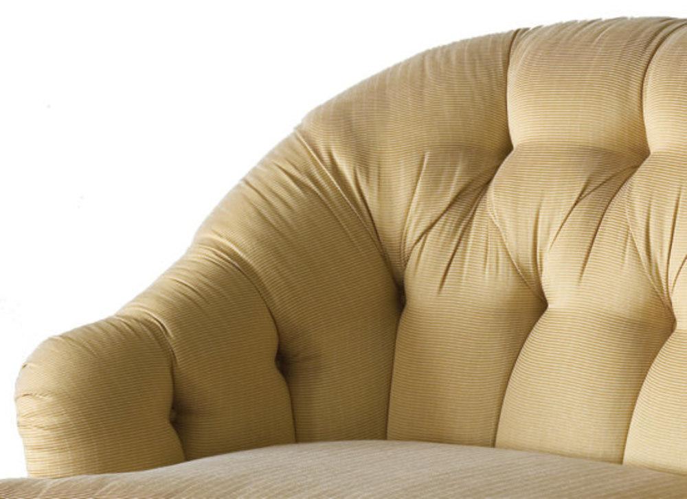 Kindel Furniture Company - Tufted Loveseat