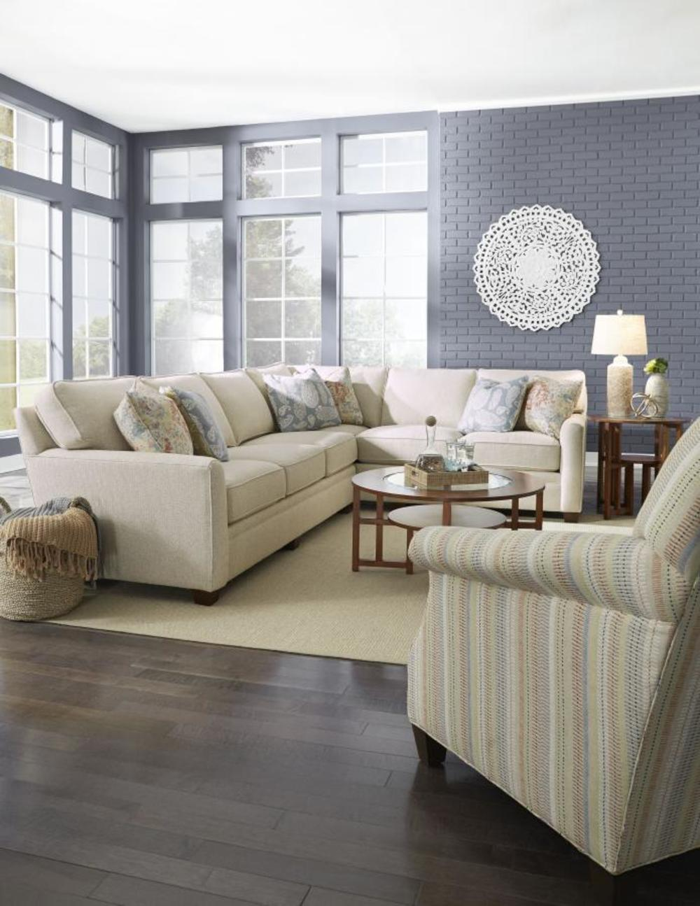 King Hickory - Benson Two Piece Sectional