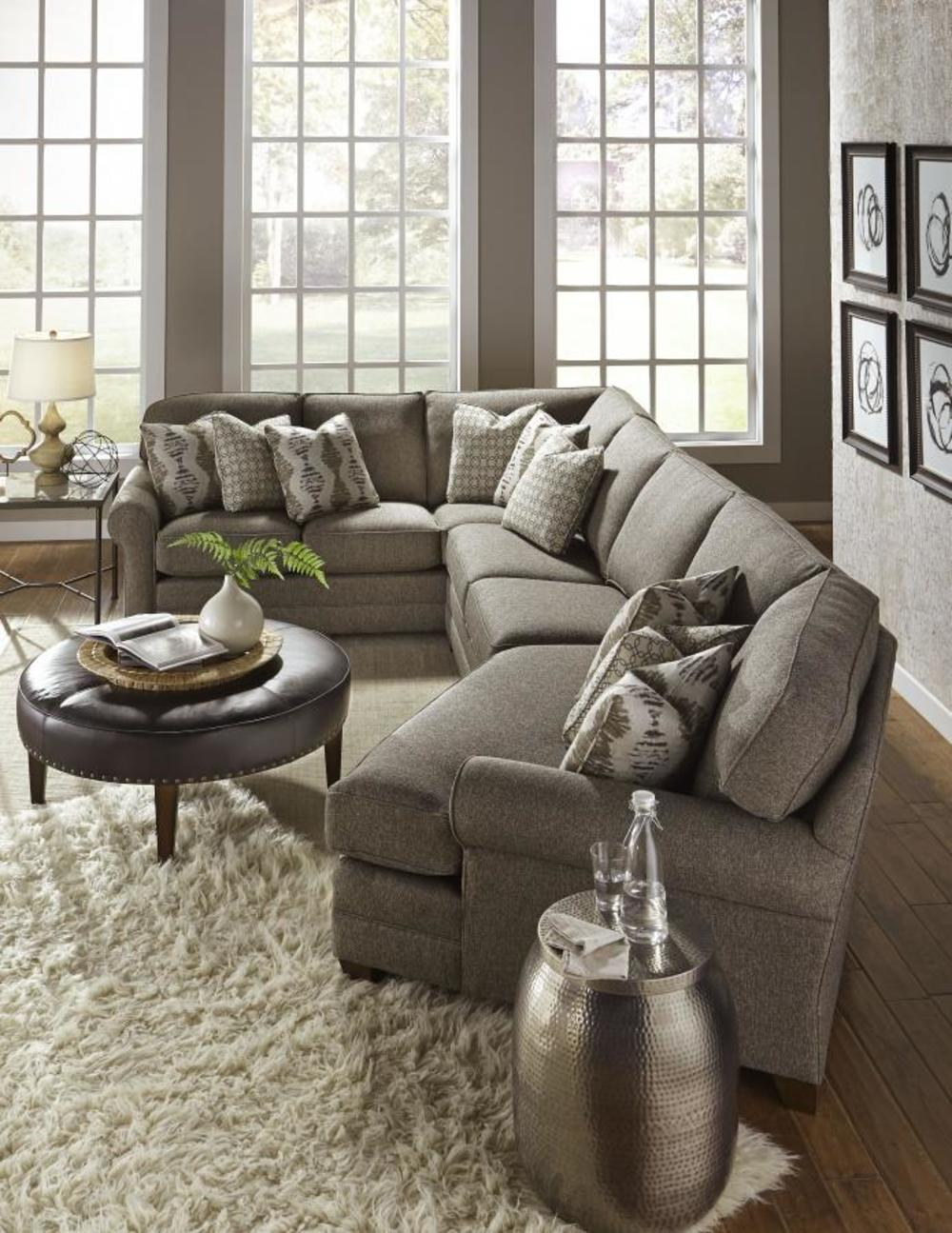 King Hickory - Winston Three Piece Sectional with Bumper