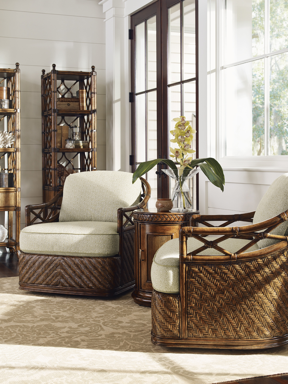 Lexington - Diamond Cove Swivel Chair