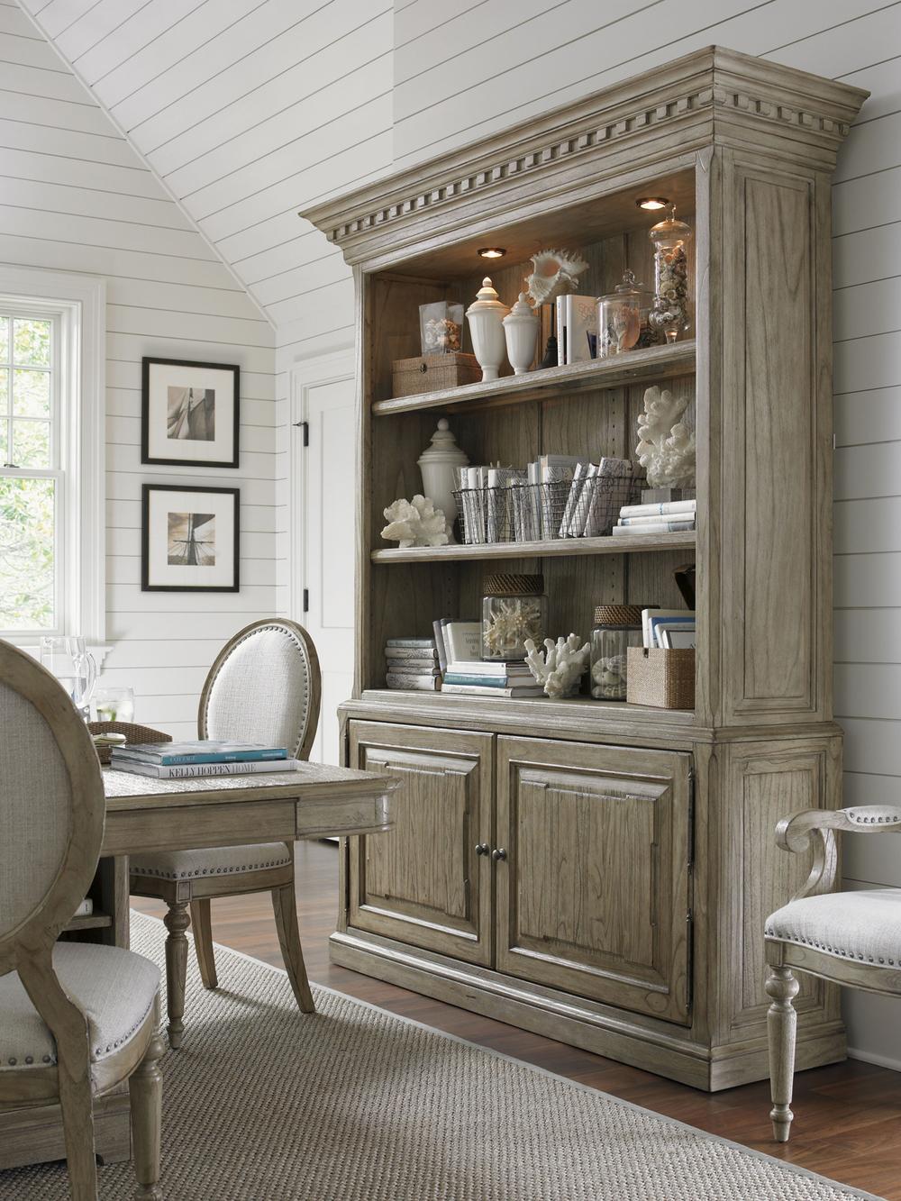 Lexington - Mt. Bonnell Bookcase