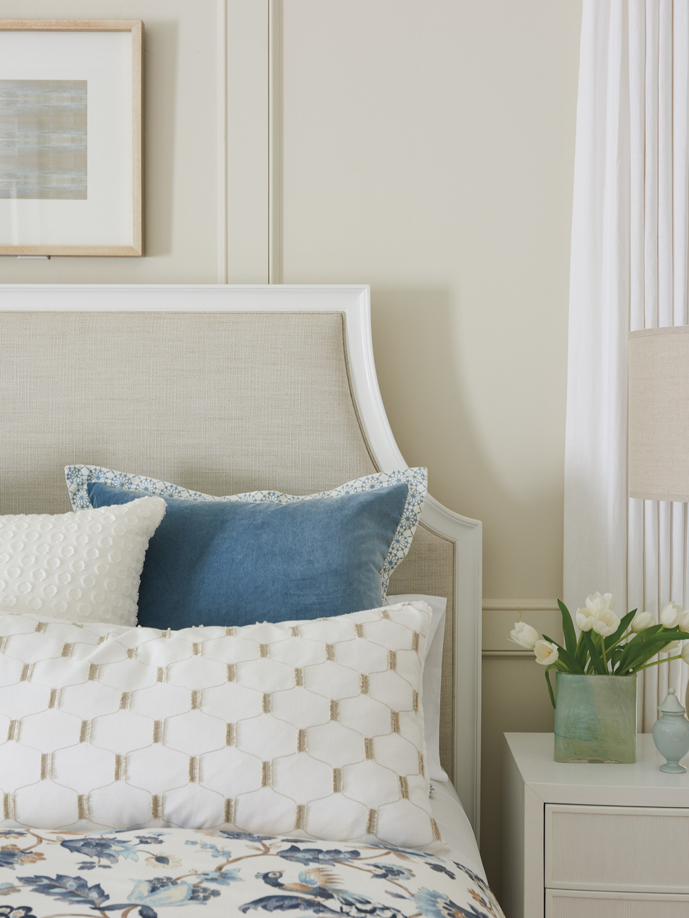 Lexington - Inverness Upholstered Bed