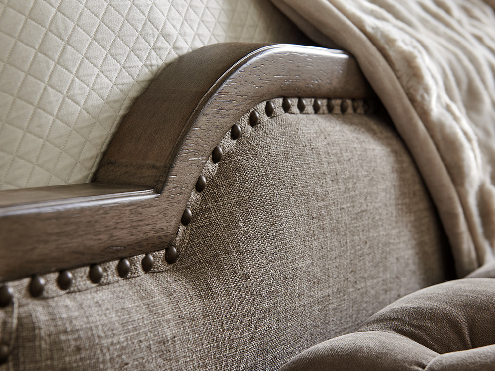 Lexington - Stone Harbour Upholstered Bed