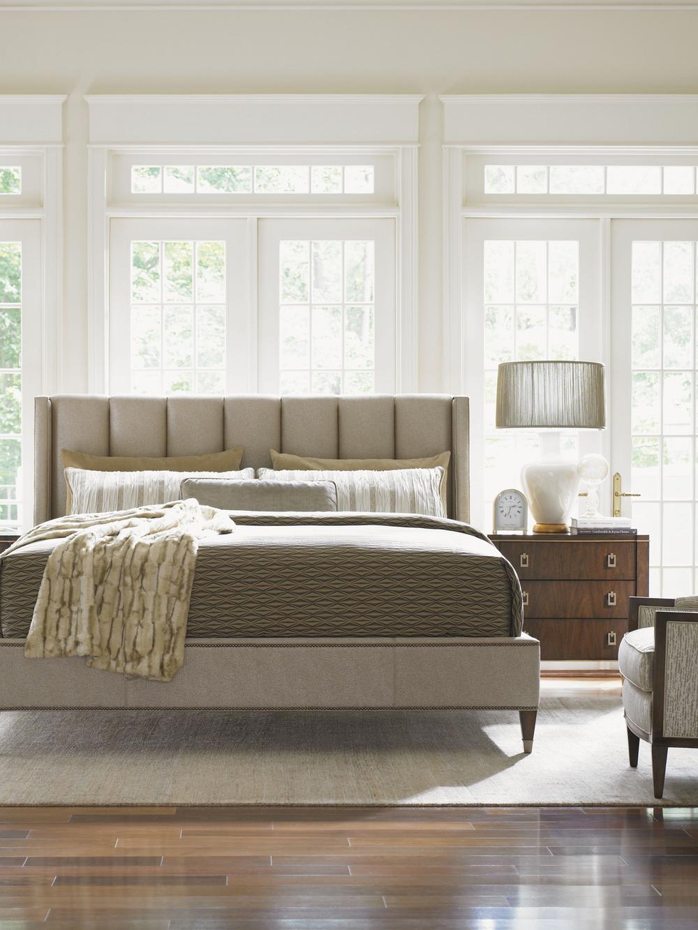 Lexington - Barrington Upholstered Platform Bed