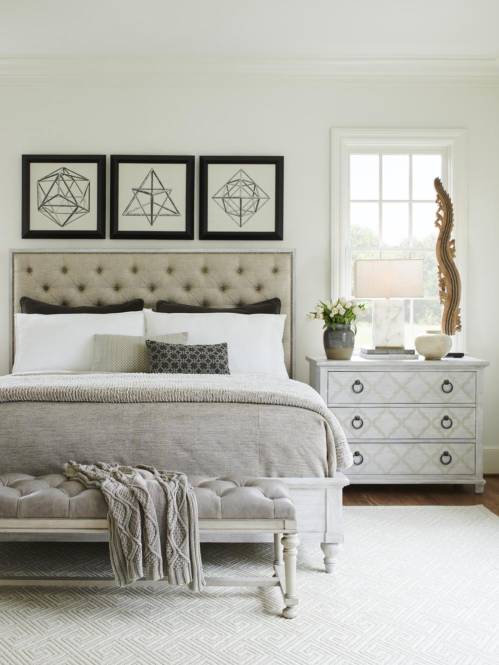 Lexington - Sag Harbor Tufted Upholstered Bed