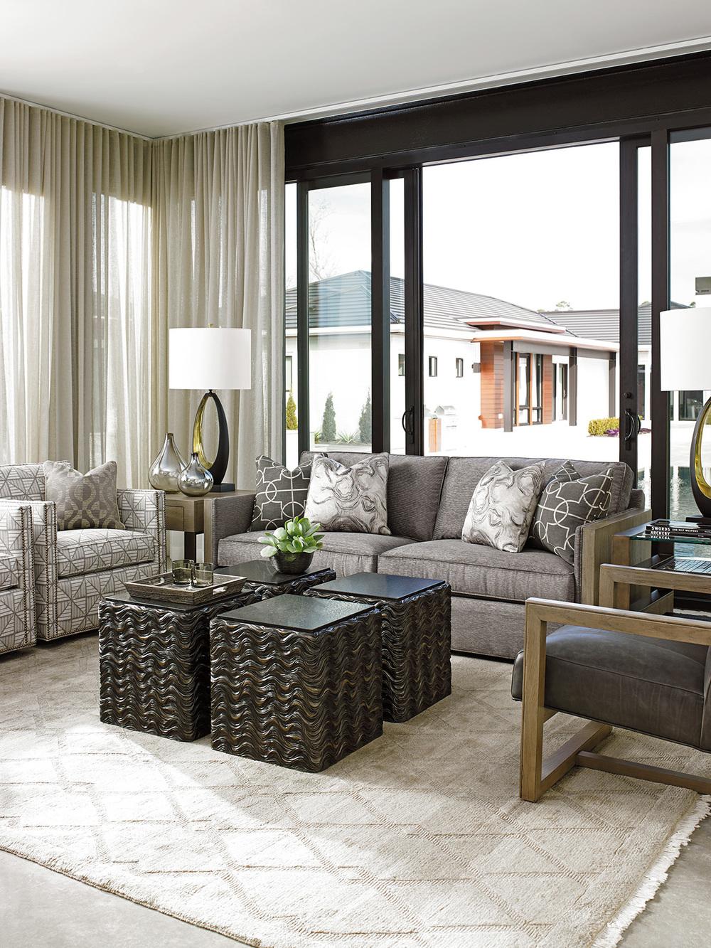 Lexington - Hinsdale Swivel Club Chair