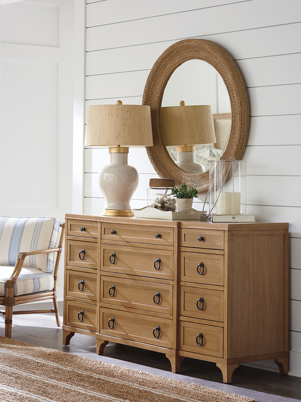 Lexington - Garnet Breakfront Dresser