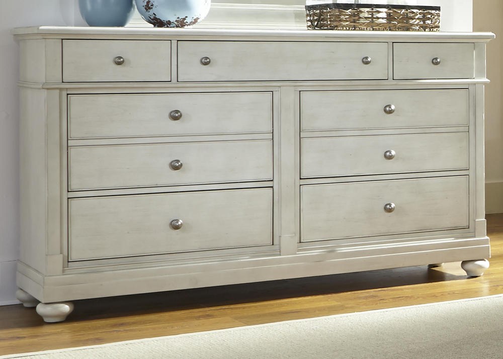 Liberty Furniture - Seven Drawer Dresser