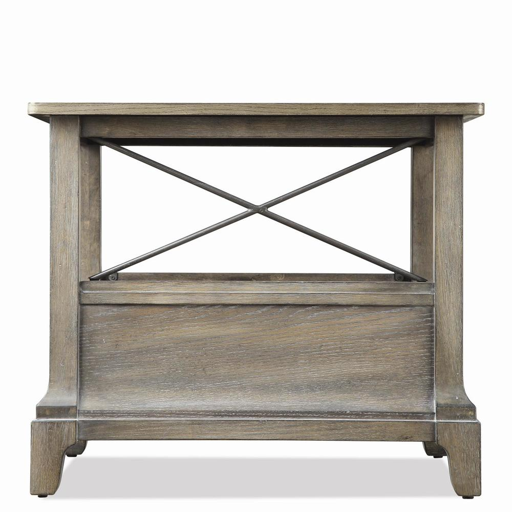 Riverside Furniture - Windhaven Chairside Table