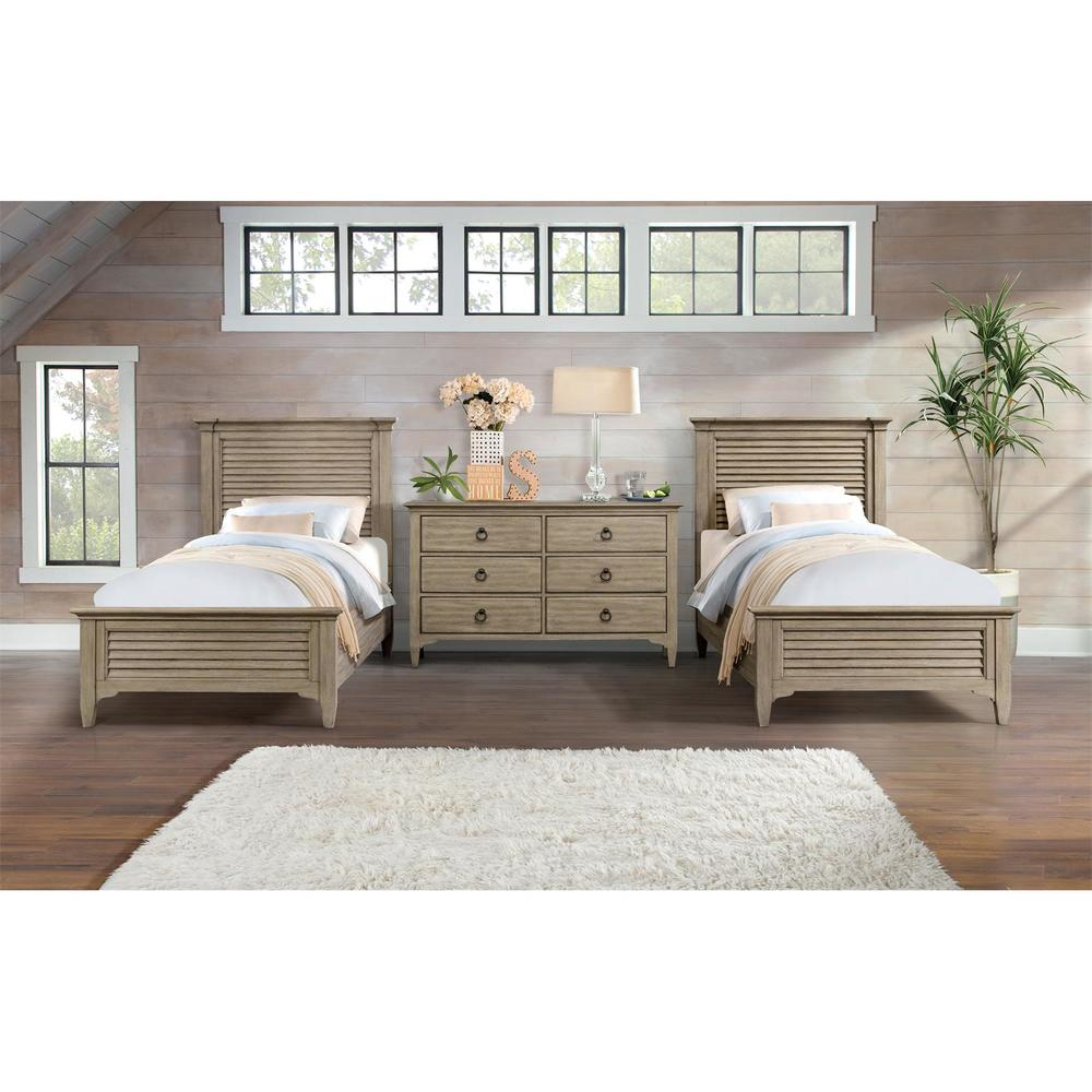 Riverside Furniture - Louver Bed