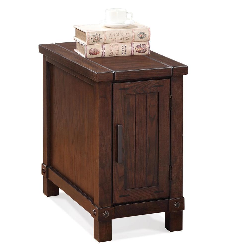 Riverside Furniture - Windridge Chairside Chest
