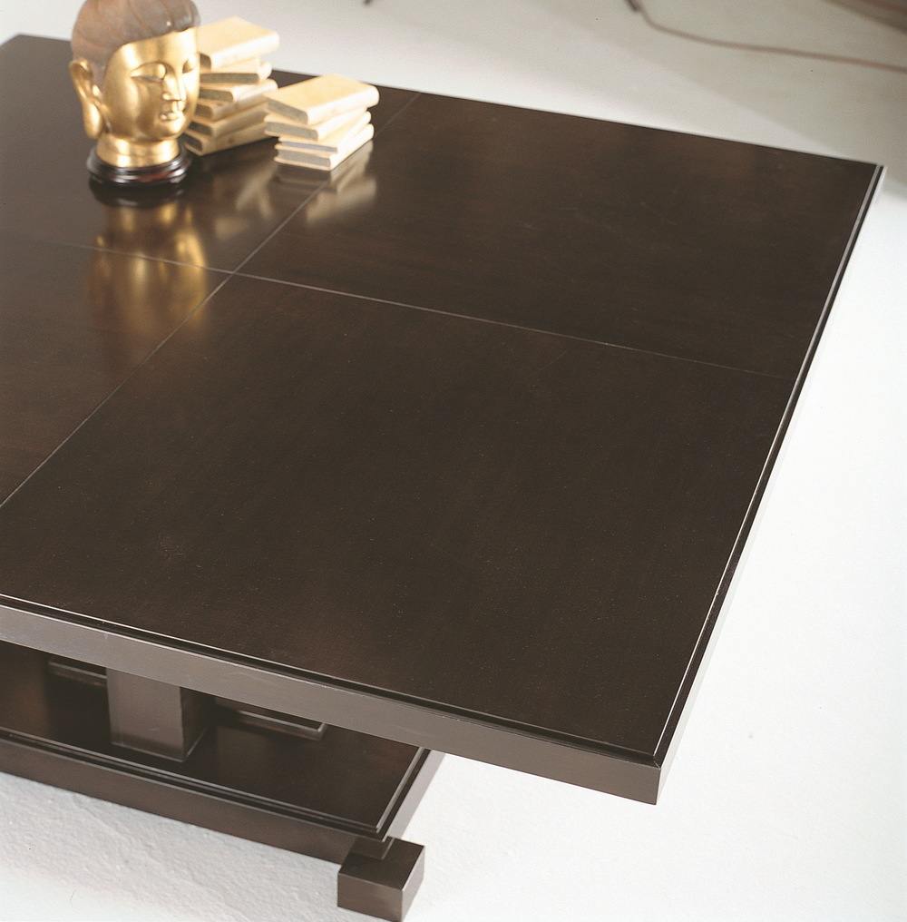 Selva - Dining Table