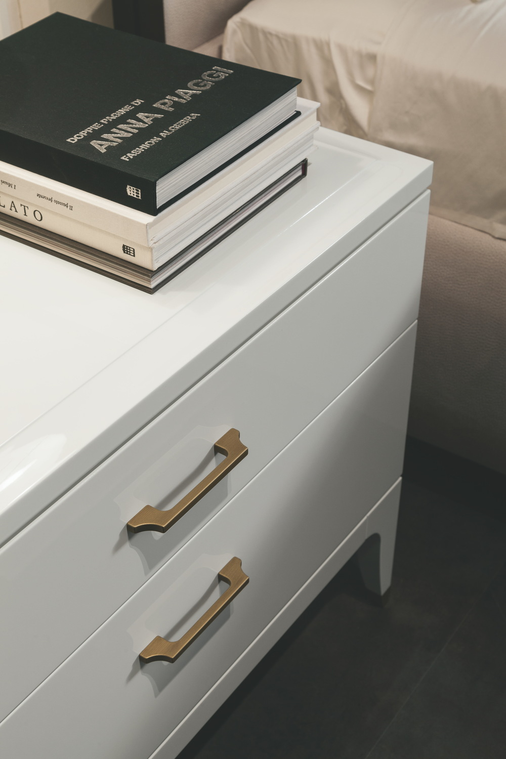 Selva - Small Chest of Drawers