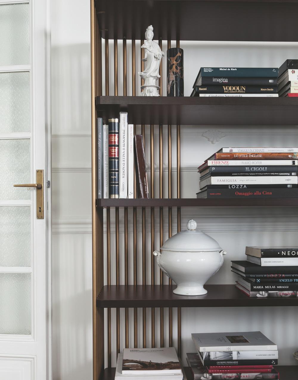 Selva - Bookcase