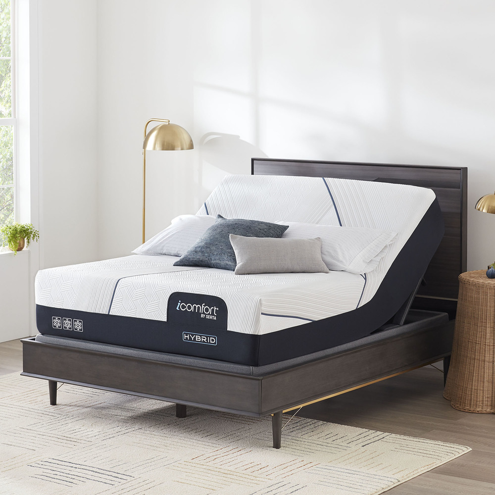 Serta Mattress - iComfort CF3000 Non-Quilted Hybrid Medium Mattress with Motion Perfect IV Adjustable Base