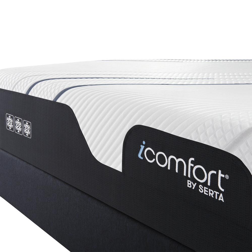 Serta Mattress - iComfort Foam CF3000 Medium Mattress with Motion Essentials IV Adjustable Base