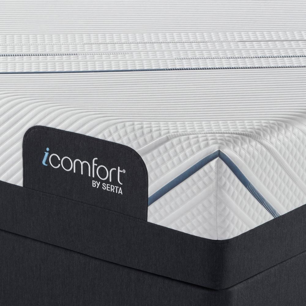 Serta Mattress - iComfort Foam CF3000 Plush Mattress with Motion Essentials IV Adjustable Base