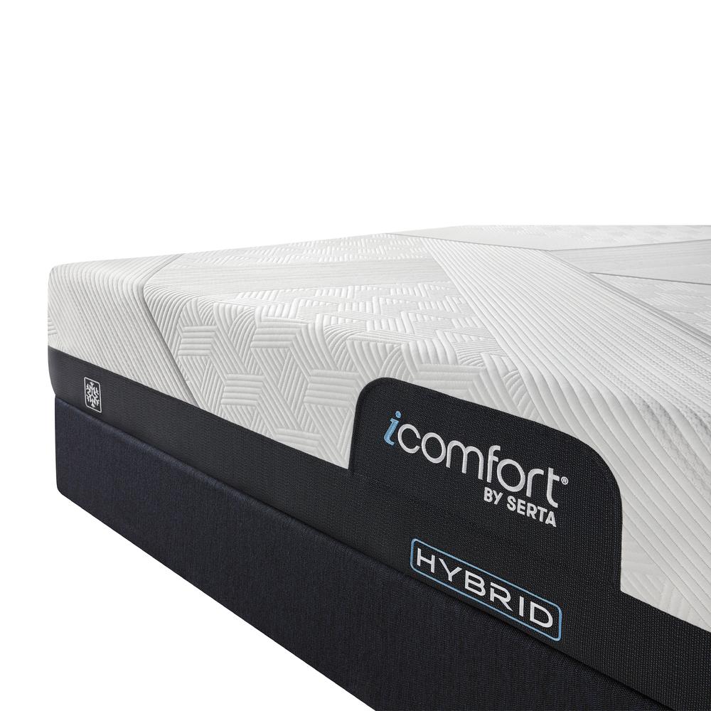 Serta Mattress - iComfort CF1000 Non-Quilted Hybrid Medium Mattress with Low Profile Box Spring