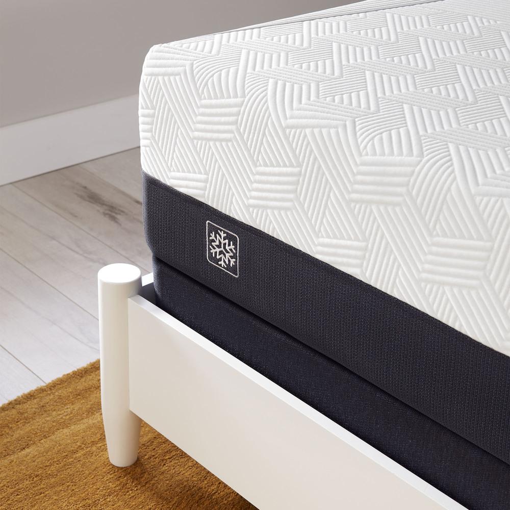 Serta Mattress - iComfort CF1000 Non-Quilted Hybrid Medium Mattress with Motion Perfect IV Adjustable Base