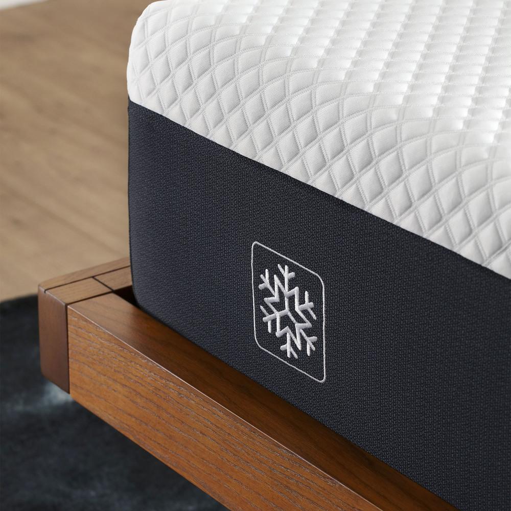 Serta Mattress - iComfort Foam CF1000 Medium Mattress with Motion Essentials IV Adjustable Base