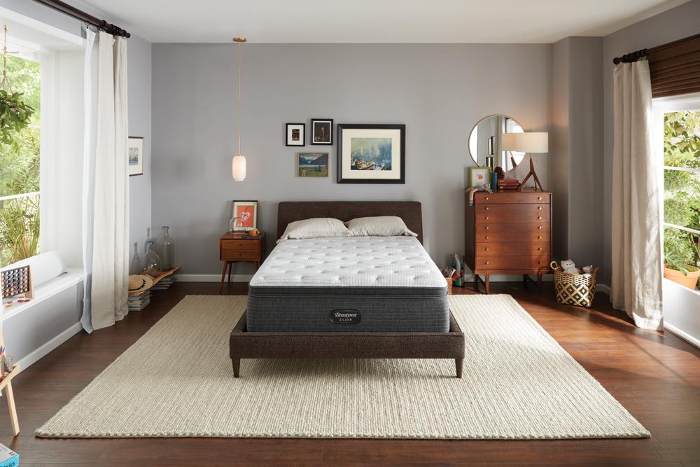 Beautyrest - BRS900-C Silver Plush Pillow Top Mattress with Standard Box Spring
