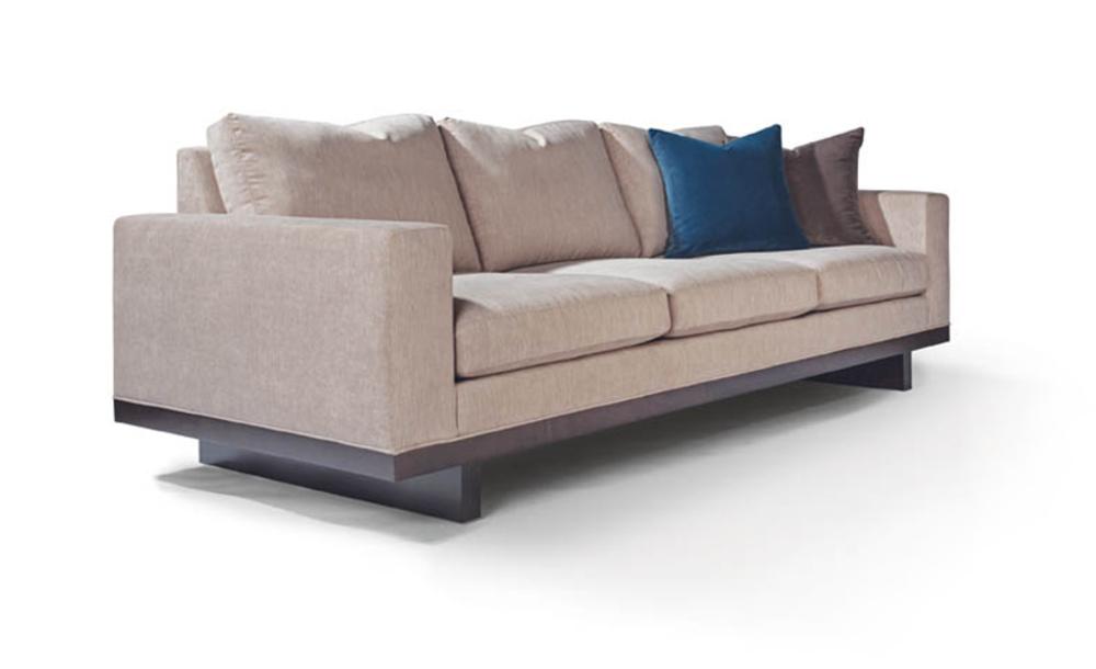 Thayer Coggin - Sofa