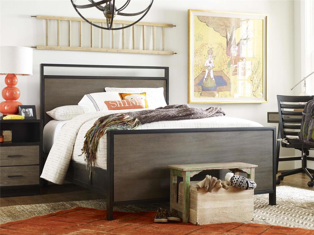 Universal Furniture - Full Panel Bed