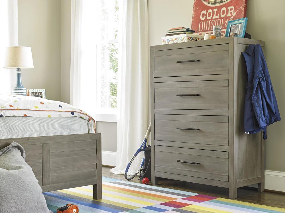 Universal Furniture - Drawer Chest