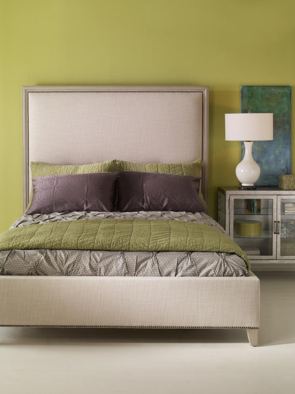 Vanguard Furniture - Dana Queen Platform Bed