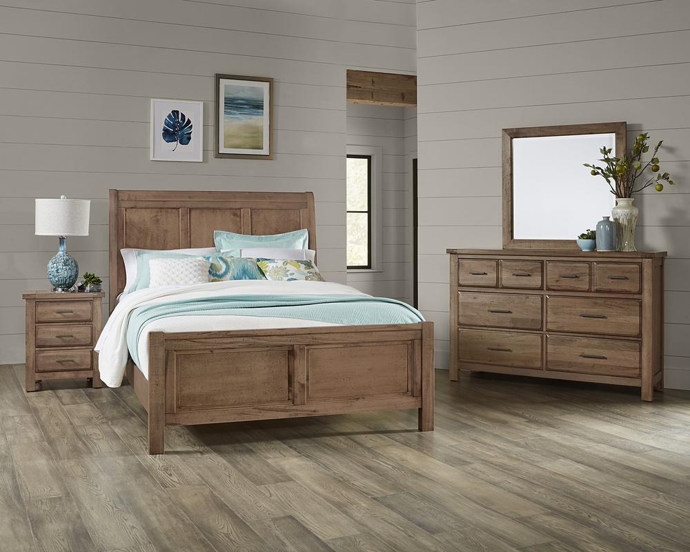 Vaughan Bassett - Sleigh Bed With Bench Footboard