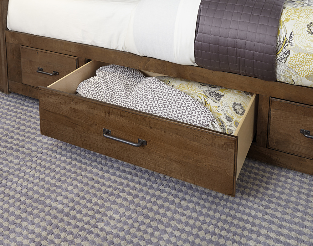 Vaughan Bassett - Mansion Bed With 1 Side Storage