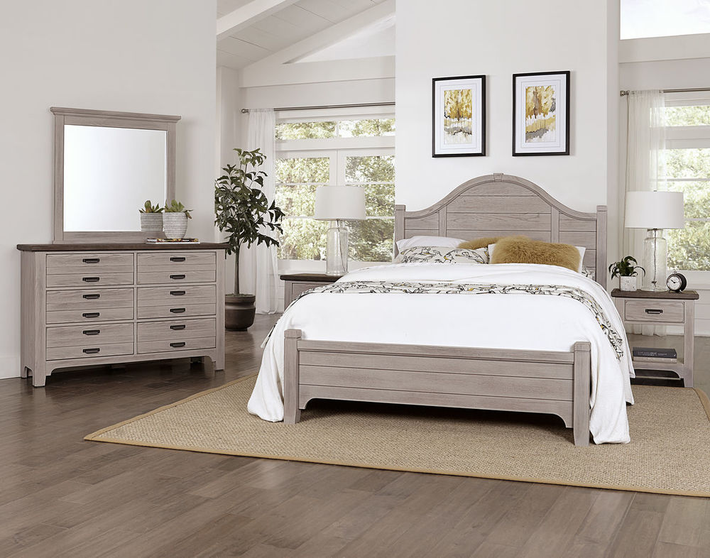 Vaughan Bassett - Arched Bed With Platform Base