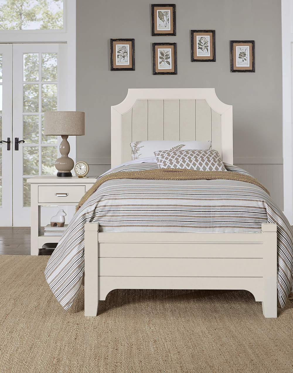 Vaughan Bassett - Upholstered Bed