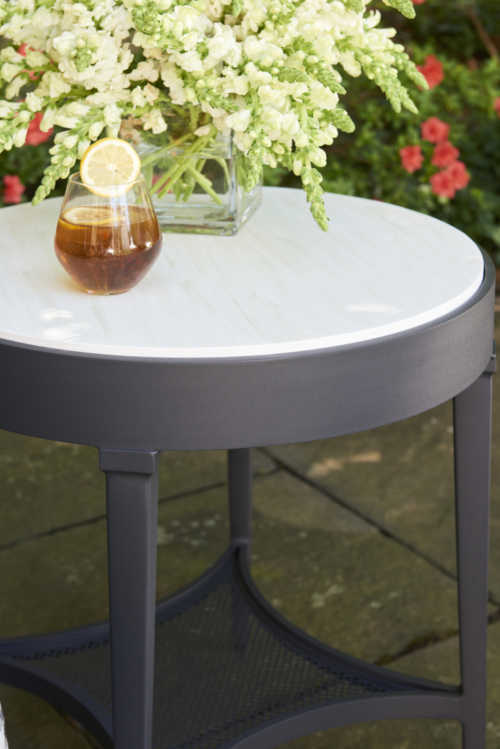 Lane Venture - Round End Table