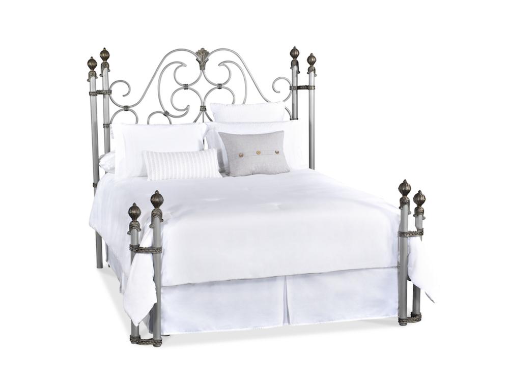 Wesley Allen - Aberdeen Bed with Return Posts