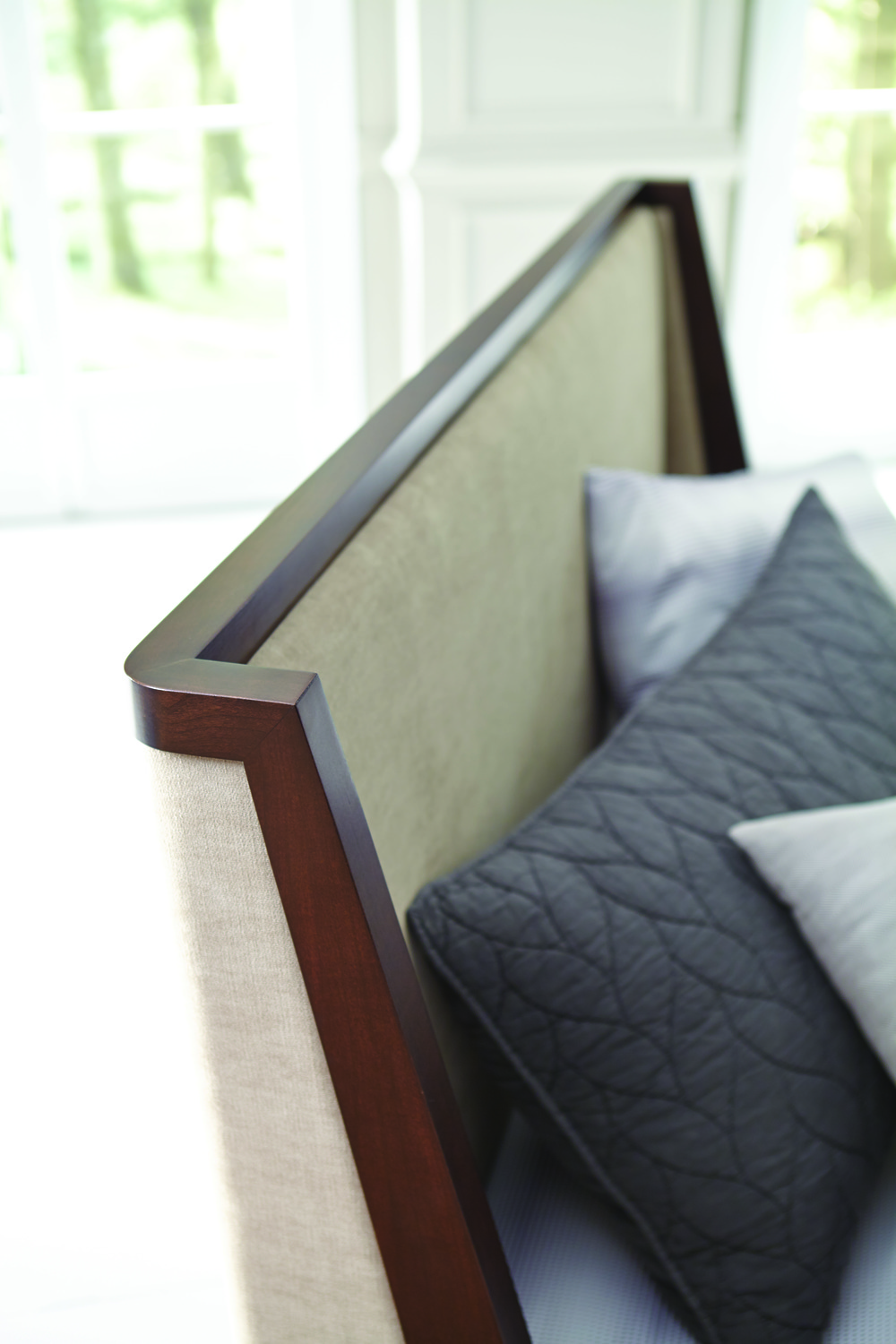 West Bros - Jensen Shelter Bed with Euro Footboard