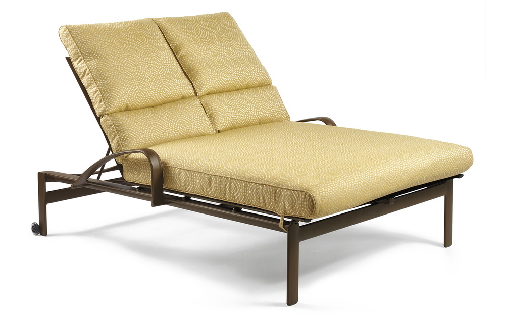 Winston Furniture Company - Double Chaise