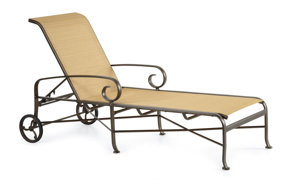 Winston Furniture Company - Chaise w/ Wheels